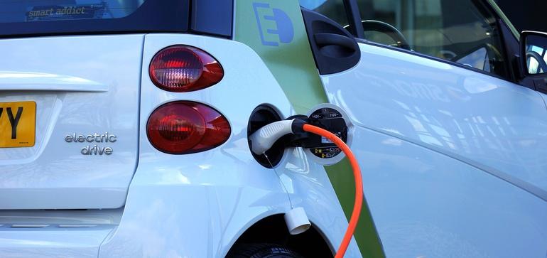 Deloitte: Consumer interest in EVs rising, but cost still a barrier