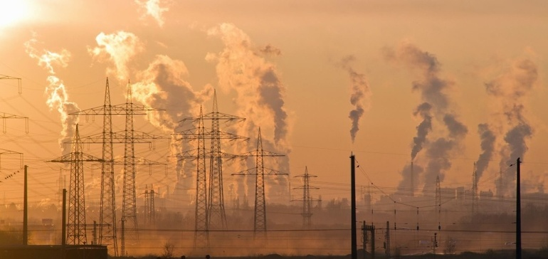 Experts blast EPA move on air quality following pollution link to COVID-19 deaths