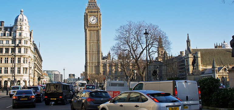 London plans 'car-free day' to draw attention to air pollution crisis