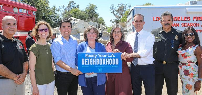 LA seeks neighborhood buy-in to boost earthquake preparedness